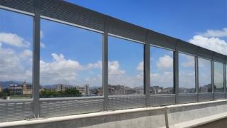 沈海高速扬洲大桥路段PC耐力板隔音屏障
